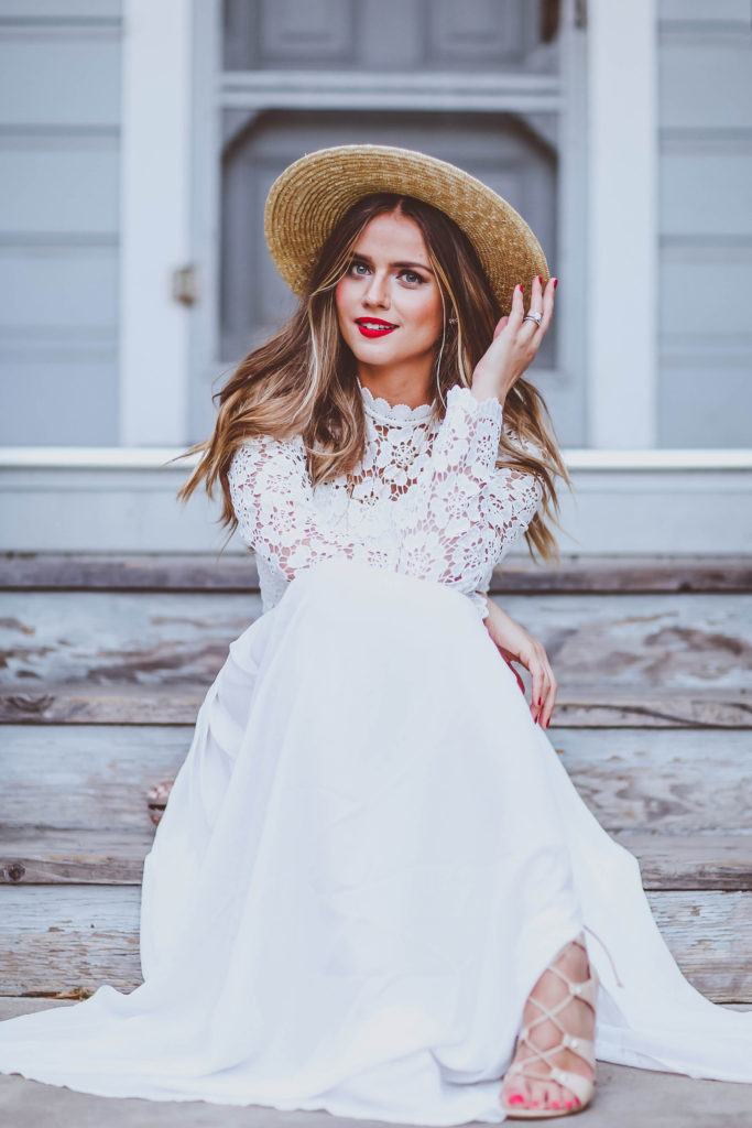 #OOTD // Long-Sleeve Lace & Chiffon Maxi Dress | BondGirlGlam.com