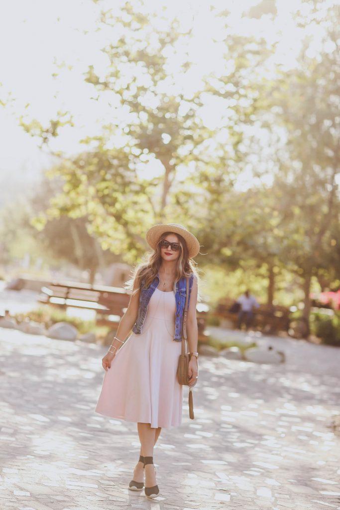#OOTD // Pink Midi Dress & Jean Jacket | BondGirlGlam.com