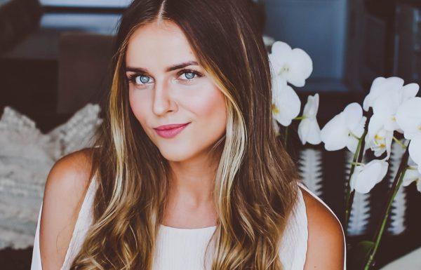 everyday glam makeup tutorial, lash extensions makeup tutorial, easy mom makeup