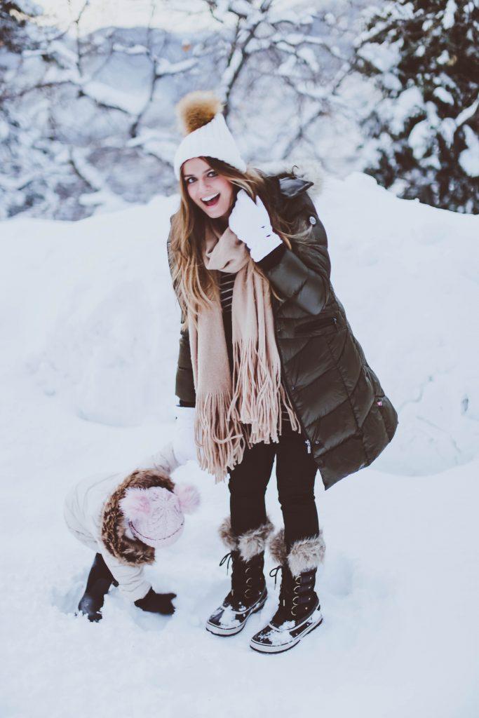 #BumpStyle // Olive Green Long Puffer Coat & Snow Boots   BondGirlGlam.com