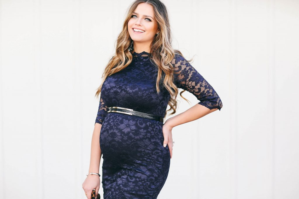 #BumpStyle // Navy Lace Boatneck Dress | BondGirlGlam.com