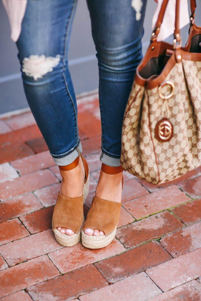 #BumpStyle // Blush Pink Cardi & The Best Affordable Maternity Jeans   BondGirlGlam.com