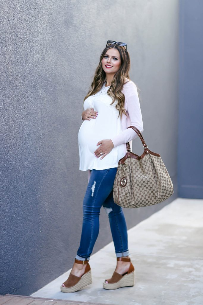 #BumpStyle // Blush Pink Cardi & The Best Affordable Maternity Jeans | BondGirlGlam.com