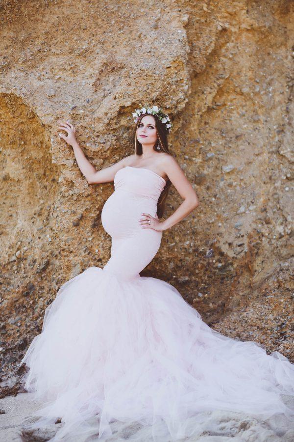 #BumpStyle // Mermaid Style Tulle Maternity Gown on the Beach | BondGirlGlam.com