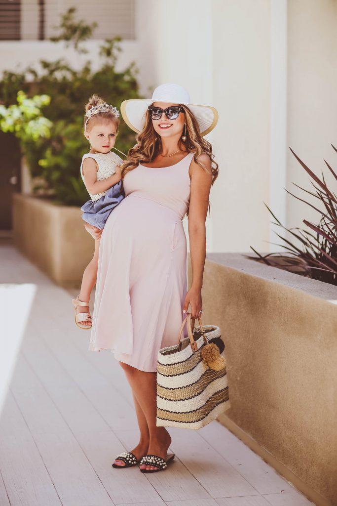 #BumpStyle // Blush Pink Midi Dress & Woven Pom Pom Tote   BondGirlGlam.com