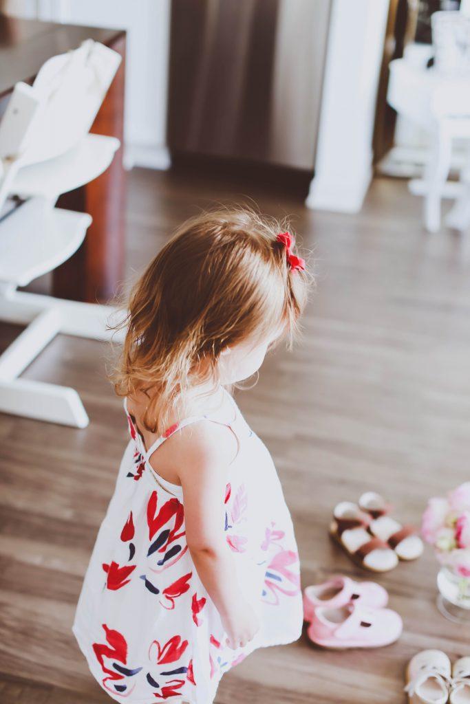 Best Summer Velcro Sandals for Toddler Girls | BondGirlGlam.com