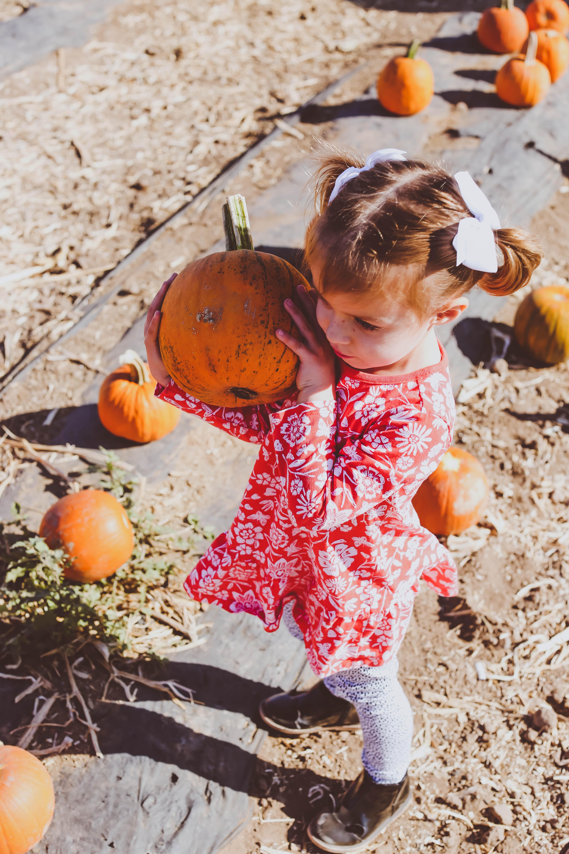#OOTD // Family Pumpkin Patch Outing | BondGirlGlam.com