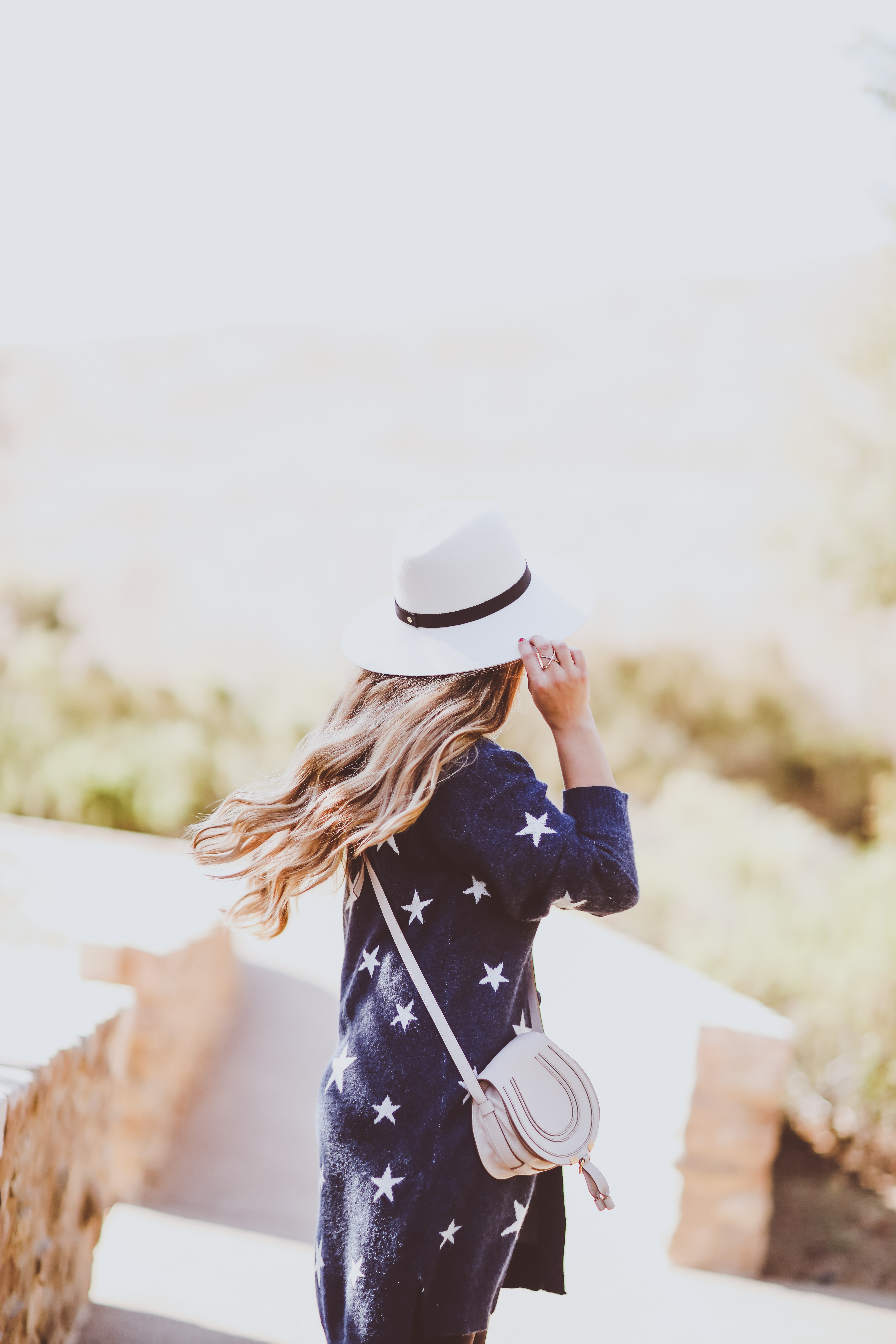 #OOTD // Star Cardigan, Nursing Tee & Leggings   BondGirlGlam.com