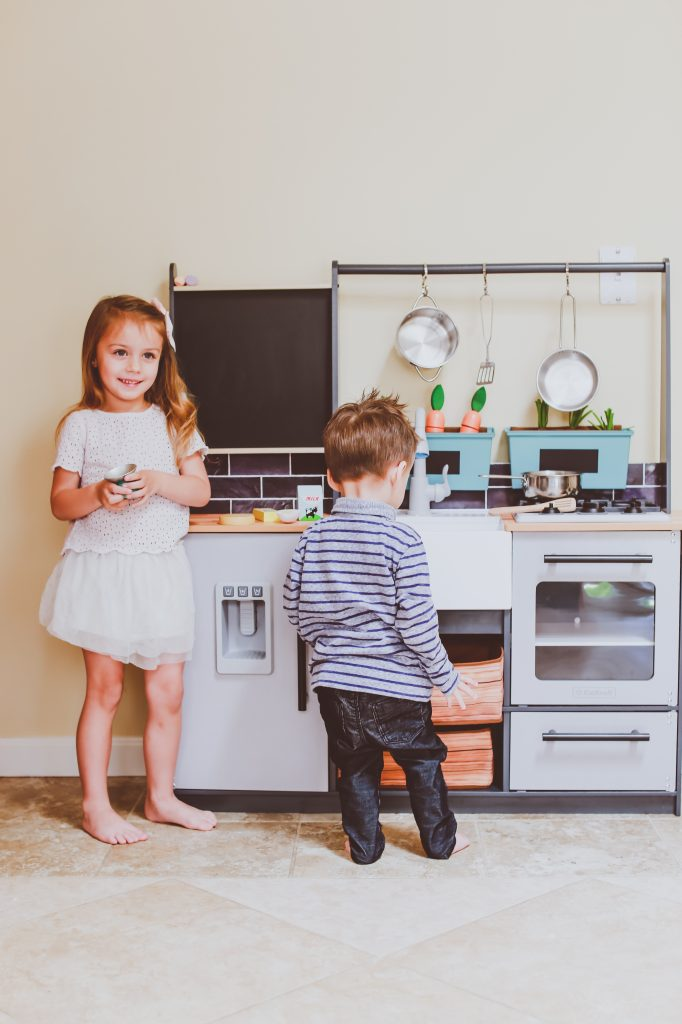 KidKraft Farm to Table Play Kitchen | BondGirlGlam.com