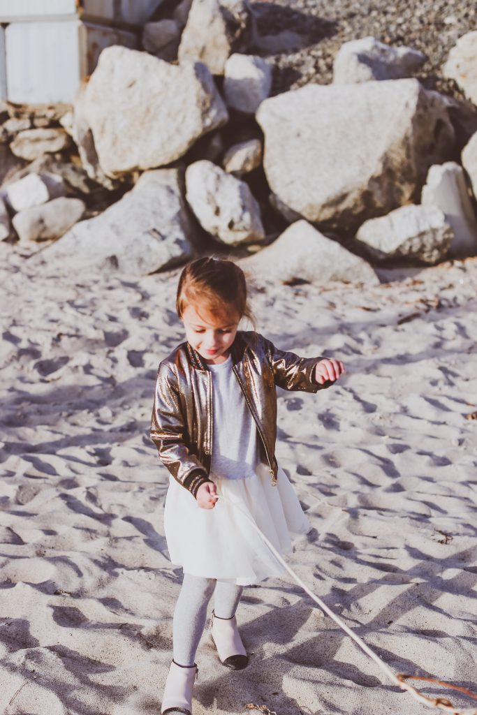 #OOTD // Button Down Fit & Flare Dress | BondGirlGlam.com