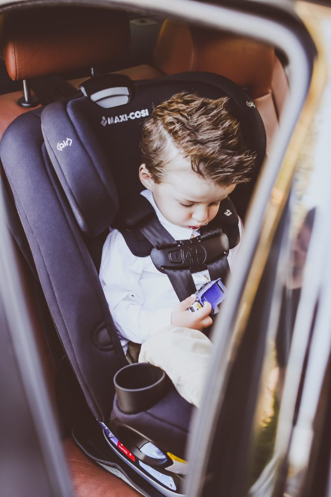 Maxi Cosi Magellan 5-in-1 Convertible Car Seat Review | BondGirlGlam.com