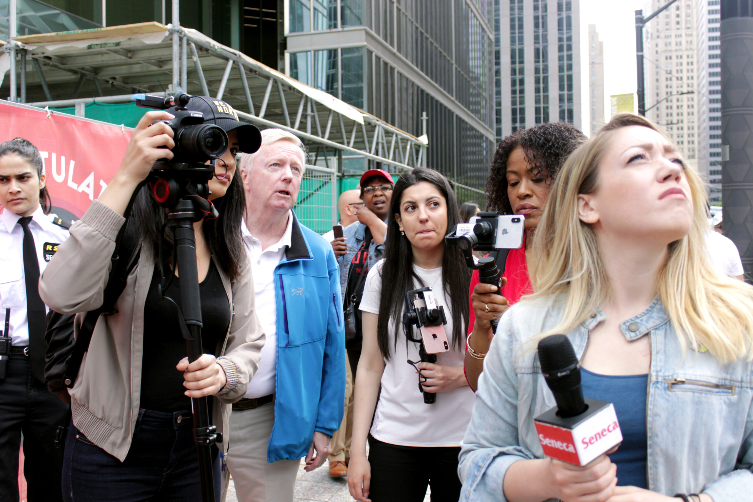 Journalism students cover raptors parade