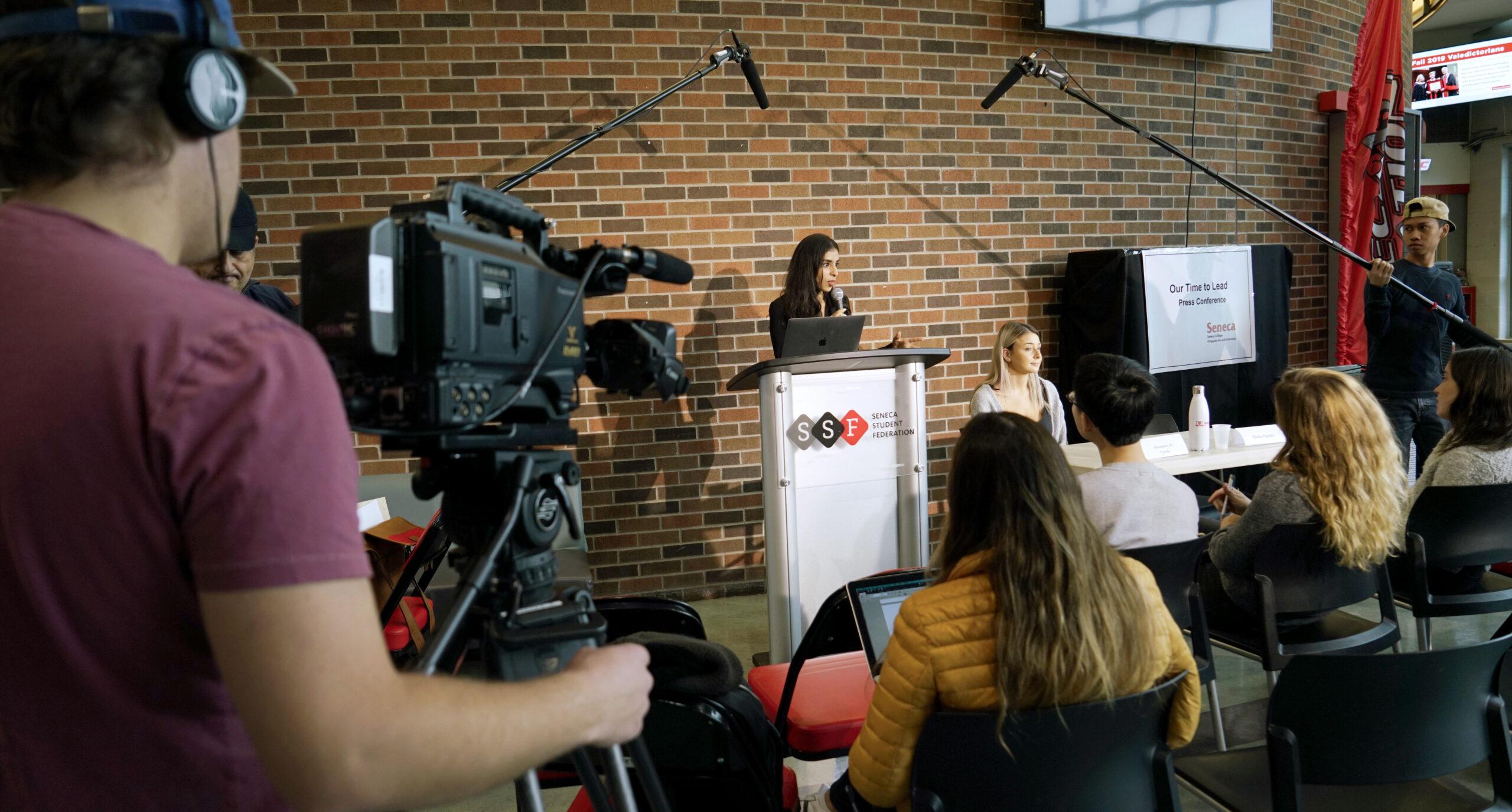 PR Students - Press Conference