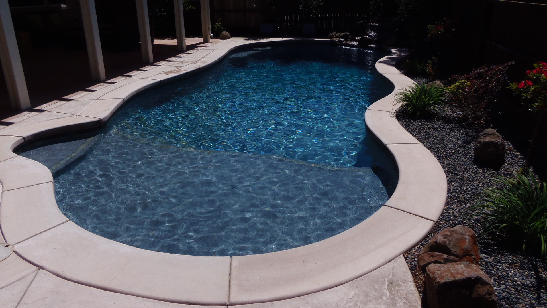 The finished Pool and landscape