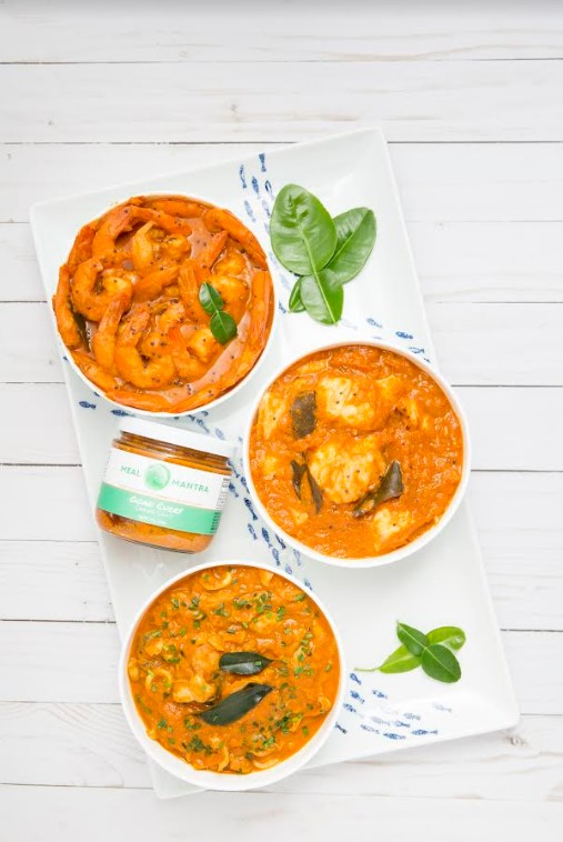 A tangy curry infused with herbs the delicate flavors of Lemongrass, Kaffir lime, Galangal, Tomatoes and aromatic spices makes this curry a burst of flavors and redolent of the joyful beaches of Goa!