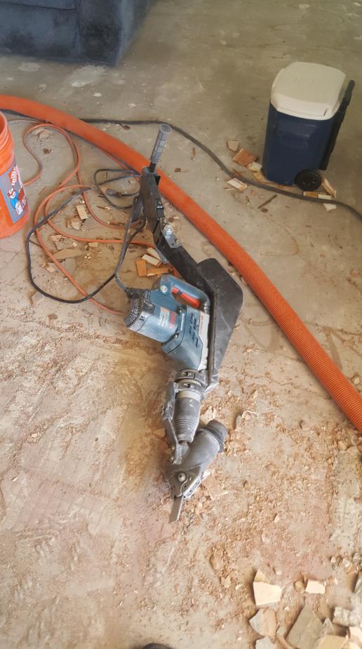 Dustless demo hammer