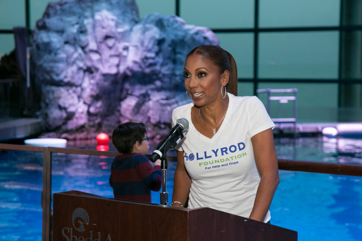 Holly Peete Robinson speaks at the Shedd Aquarium