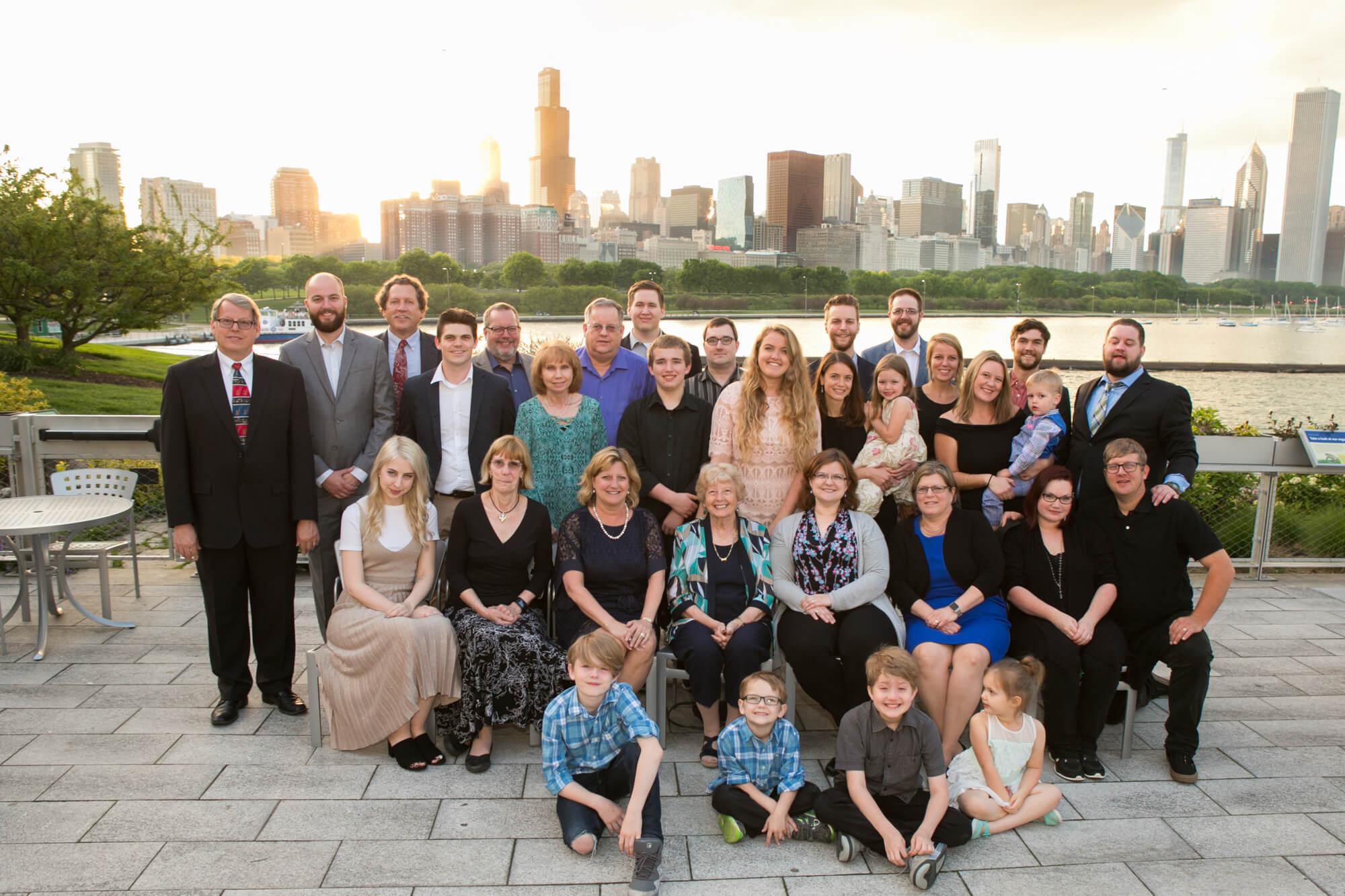Large Family portrait at Shedd Aquarium Chicago