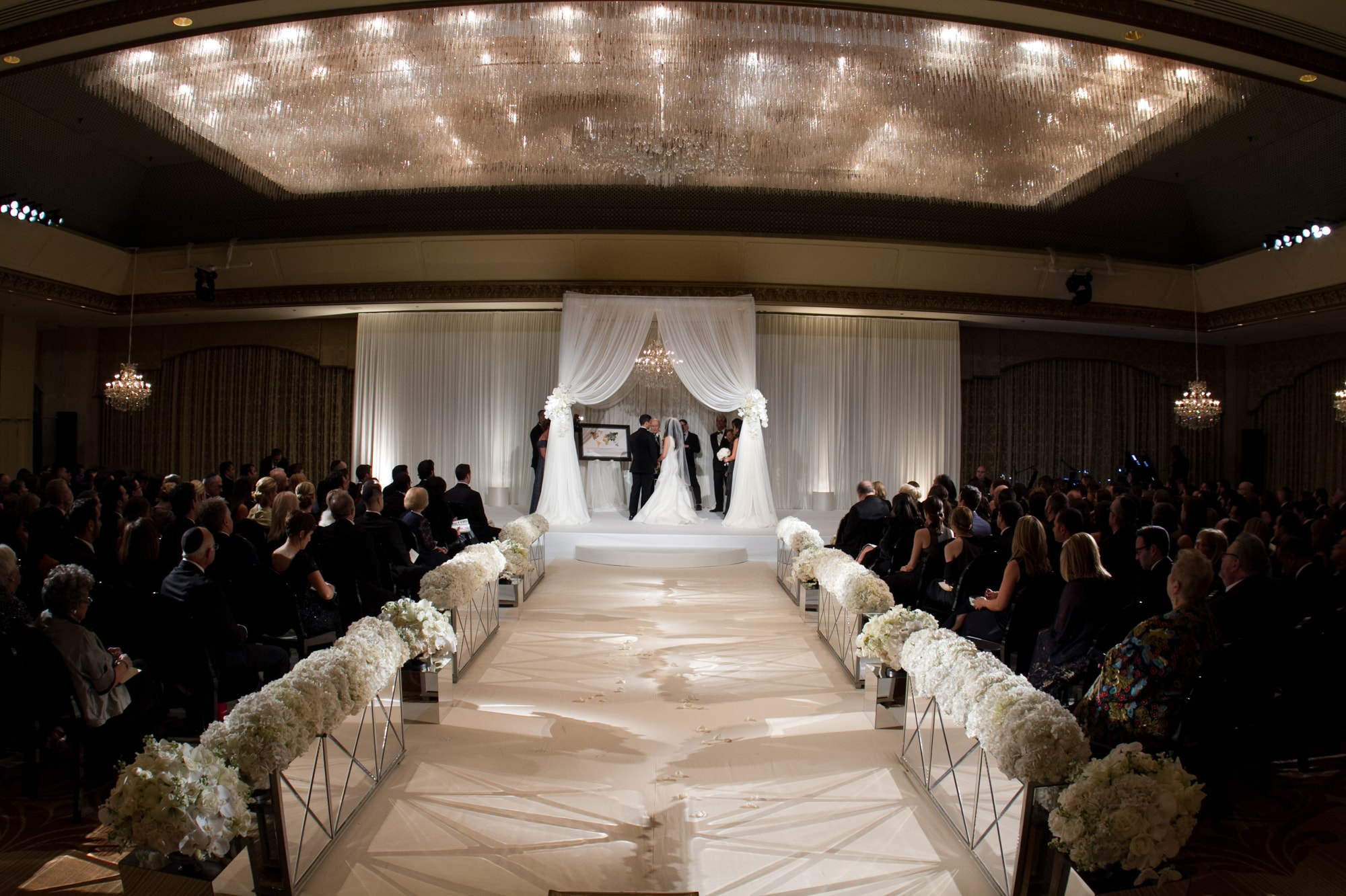 Romantic wedding ceremony at the Ritz Carlton Chicago