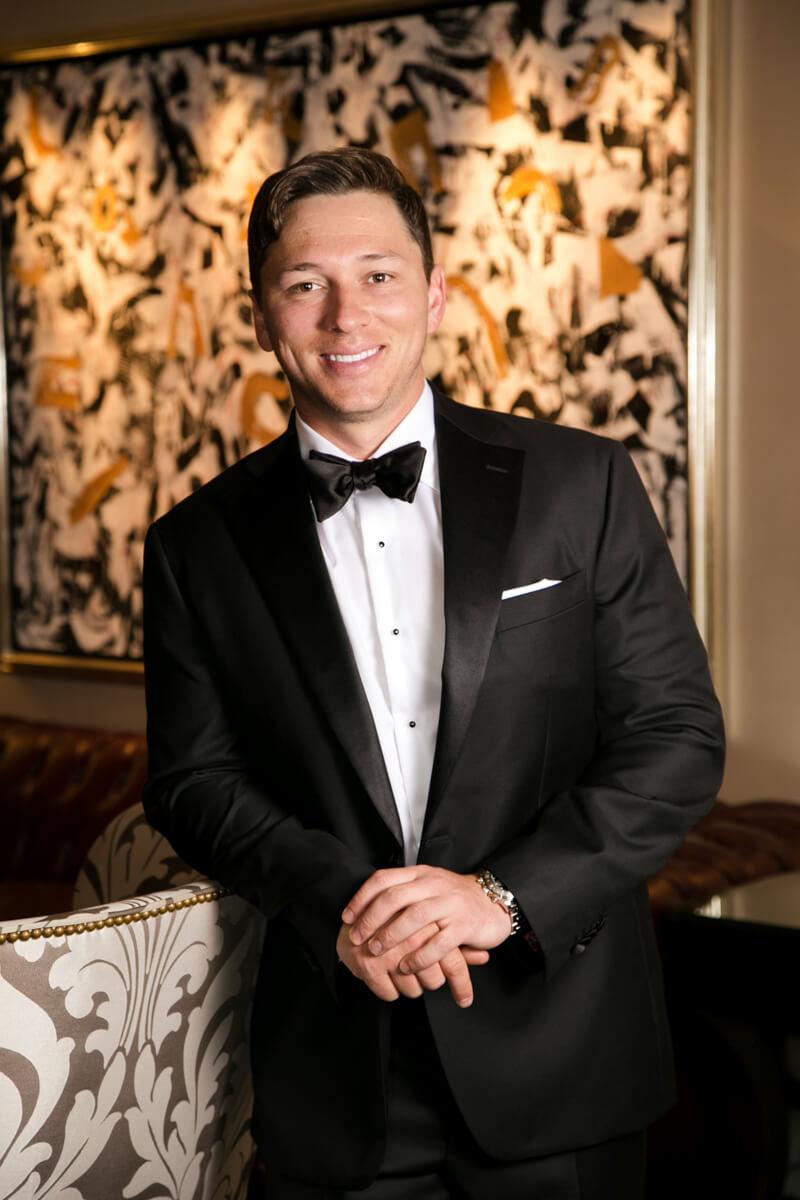 Classic groom's portrait in tux