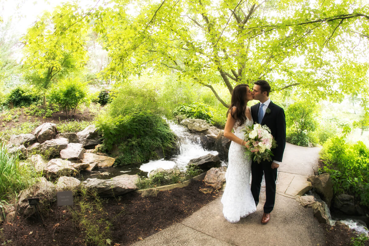 Dreamy garden portrait at Chicago's Botanic Garden