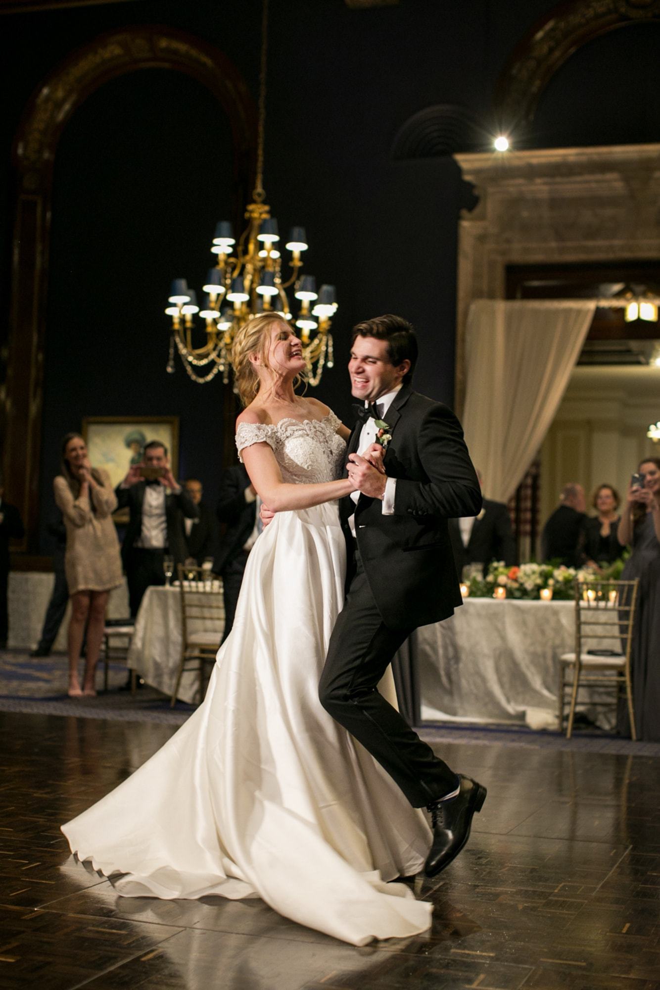 Groom sings during first dance at Union League Club