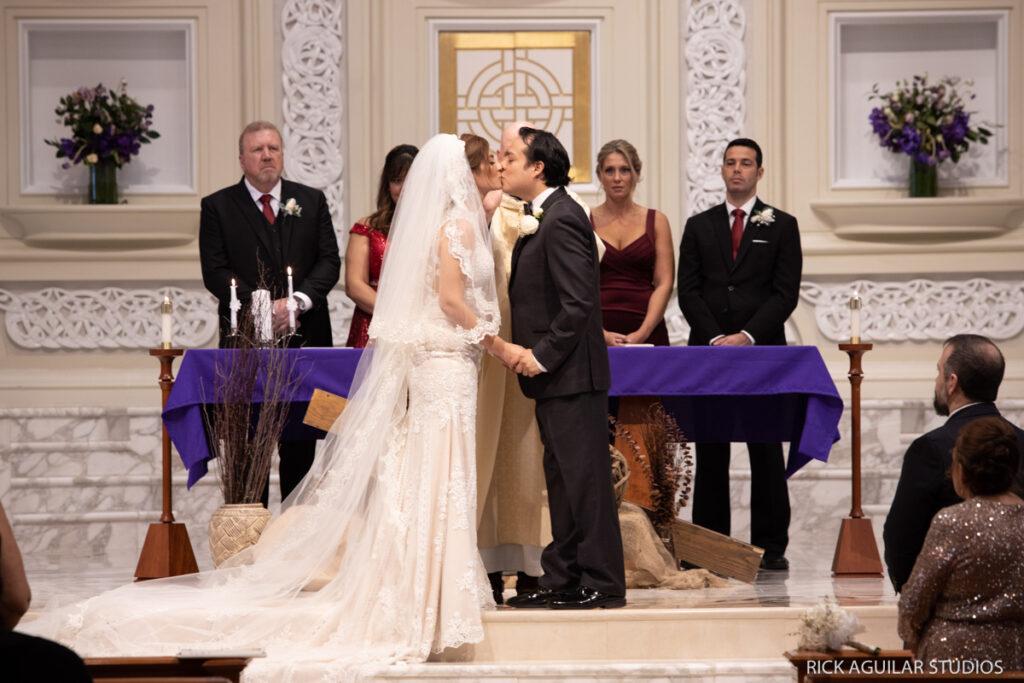 Small Wedding Ceremony Kiss