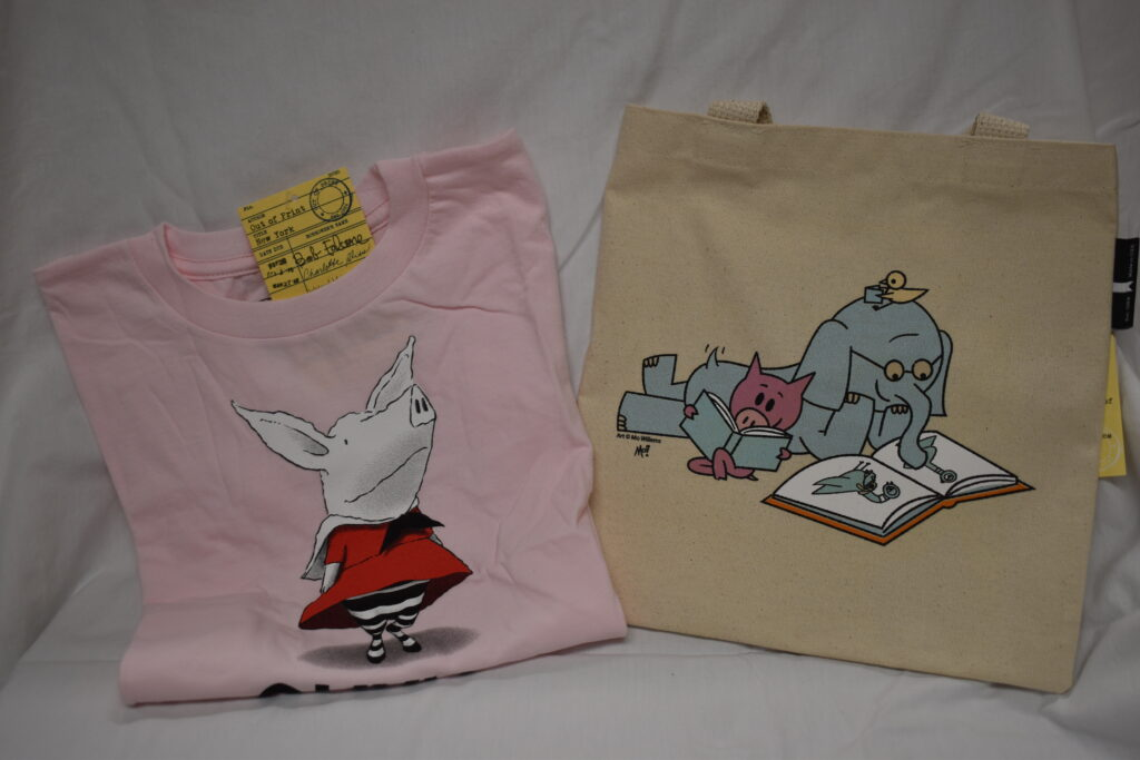 Olivia T-shirt (6) and Elephant & Piggy Kid's Tote Bag