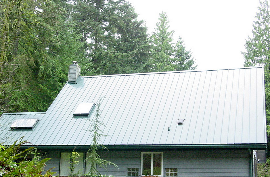 Standing Seams – The Ideal Installation Option for Metal Roofs