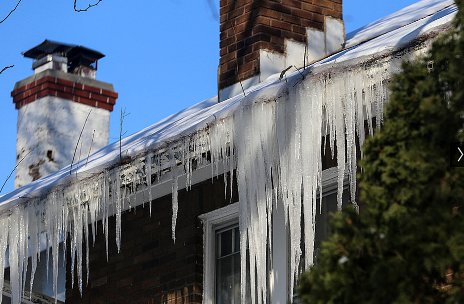 Steps to be Taken When Ice Dams are Found on the Roof