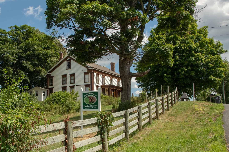 Pearl's Farmhouse