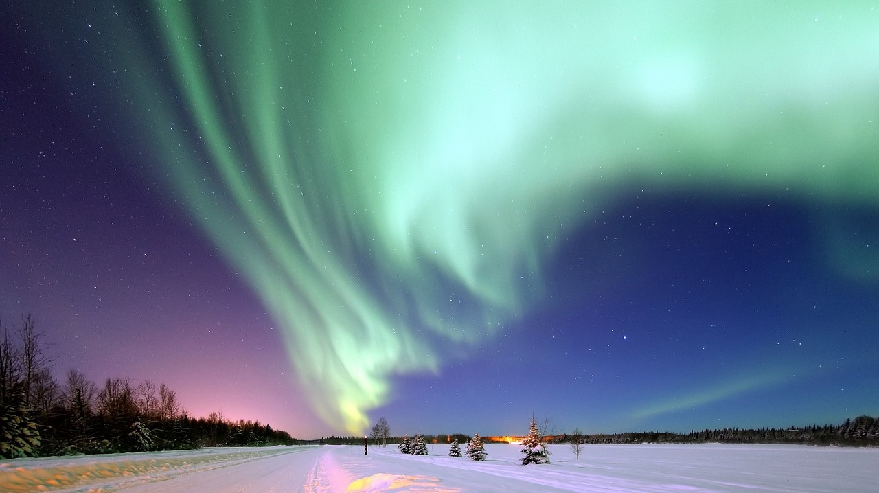 aurora-borealis-alaska