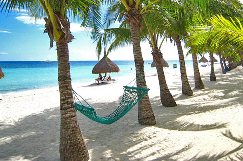 alona-beach-bohol