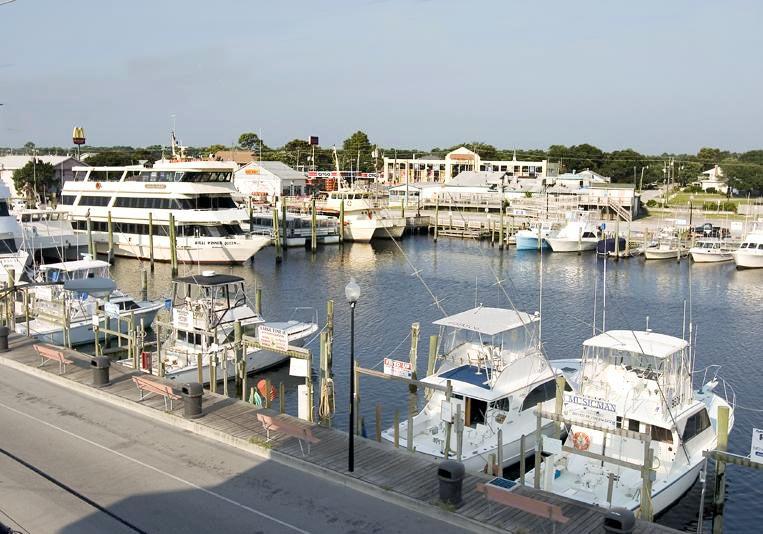 4charter-boats