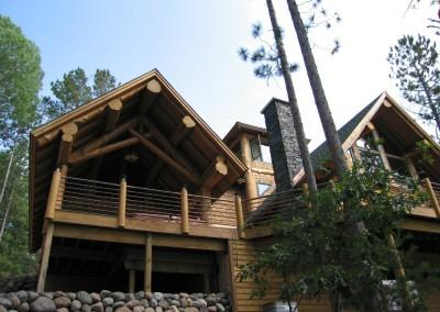 Log Cabin Covered Deck Landing