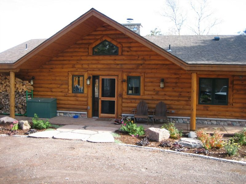 North Shore Log Home Front
