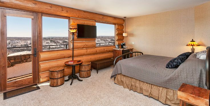 Log Cabin Lodge Bedroom Overlooking Ski Resort