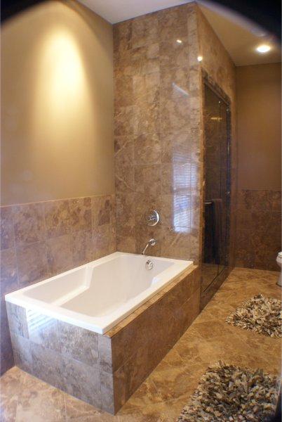 Beautiful Custom Bath With Stone Surround