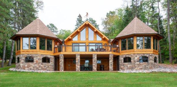 Beautiful Modern Log Cabin Home