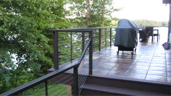 Clean Modern Deck And See Thru Railing