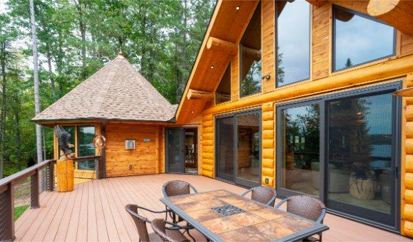 Massive Log Home Composite Deck