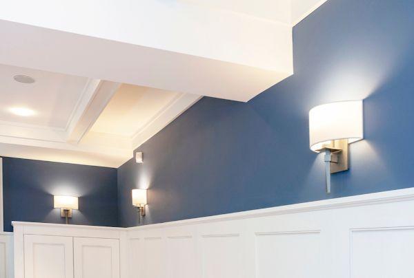 Modern living room - wall sconce lights