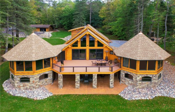 Twin Turret Rooms Connecting Deck For Log Home