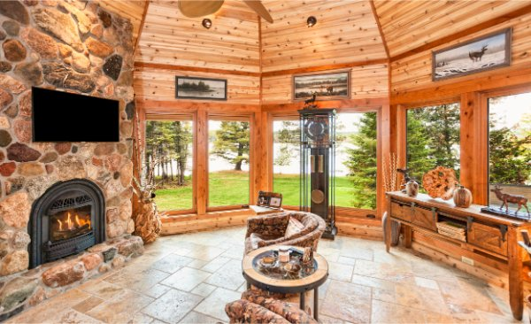 Wooden Octagon All Season Porch With Fireplace