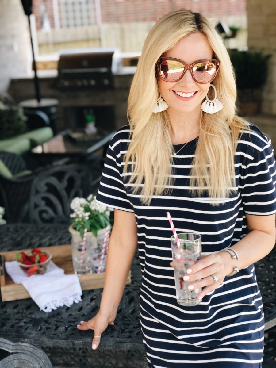 low calorie cocktails - 5 Low Calorie Cocktails To Keep You Cool This Summer featured by popular Houston lifestyle blogger Haute & Humid