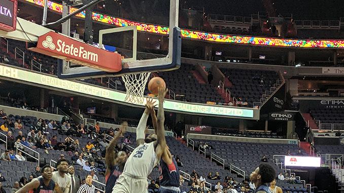 Jessie Govan going up for a rebound