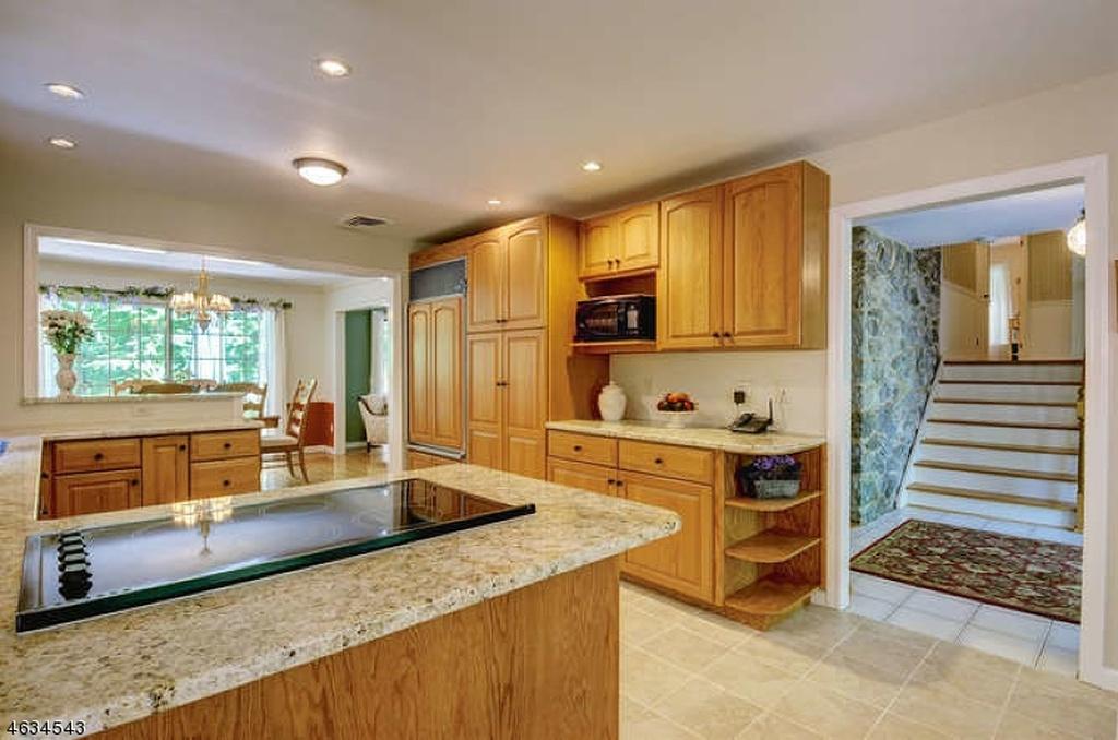 85 Stonybrook Interior 2