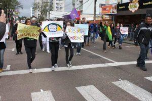 desfile_protesto