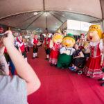 Atrações artísticas e culturais esperam os visitantes nesta sexta-feira na 35ª Oktoberfest