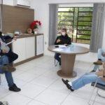 Prefeitura de Mato Leitão elabora edital para coleta de lixo